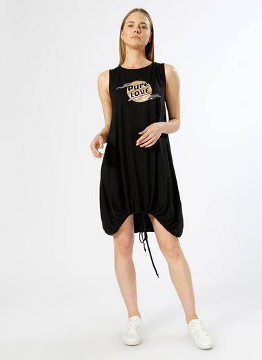 T-Box Kolsuz Etek Ucu Büzgülü Elbise Siyah